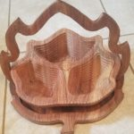 extra large 3 compartment maple leaf
